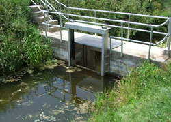 Twin leaf Penstock mounted on a headwall in Somerset